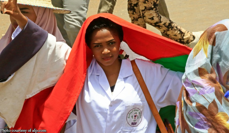 Sudan's Bashir moved to prison as doctors rally